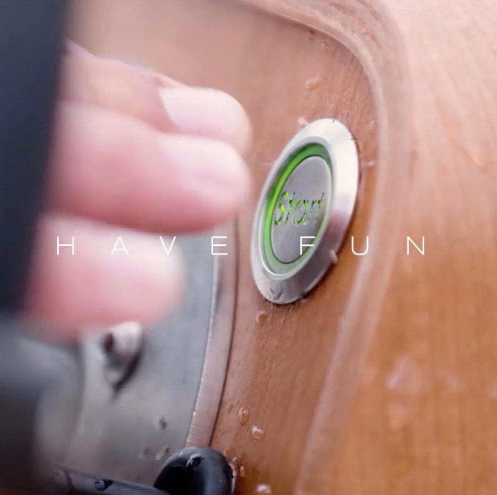 ecokart vue du tableau de bord avec le bouton de démarrage