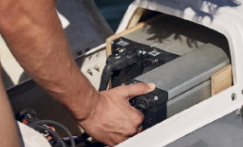 batteries overboat foiler