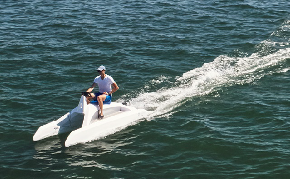 Catamaran électrique overboat classic