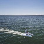moto de mer overboat vue éloignée