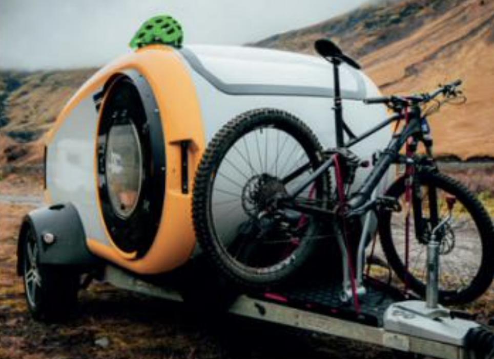 caravane teardrop Mink Campers avec vélo