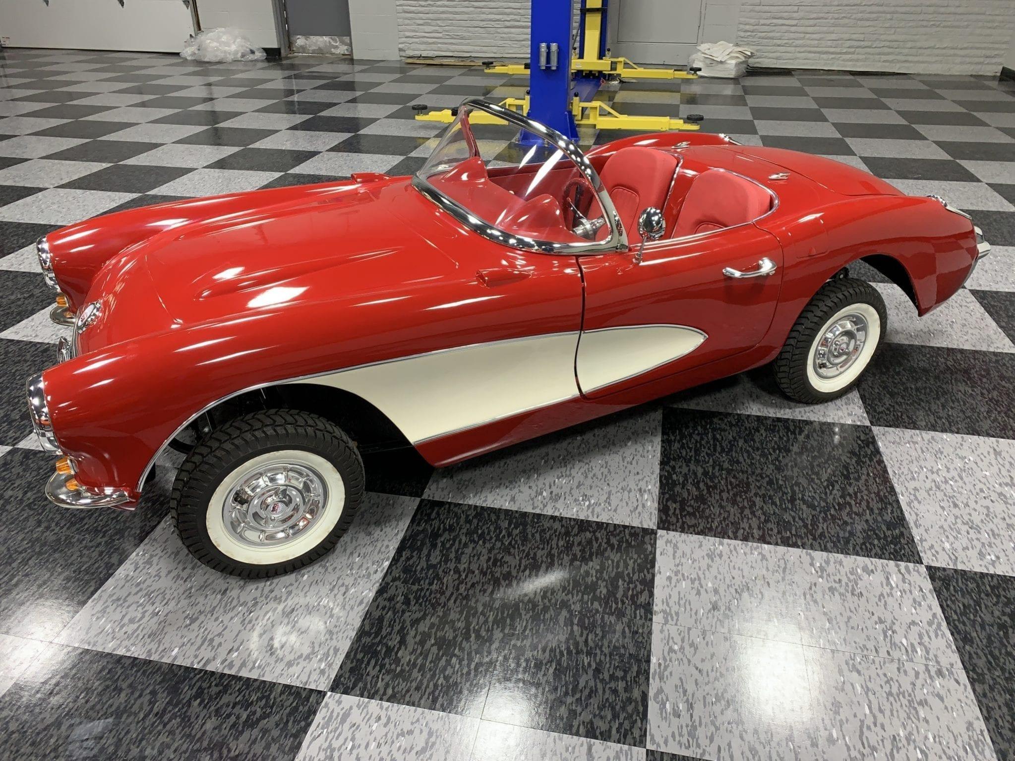 Corvette rouge coté