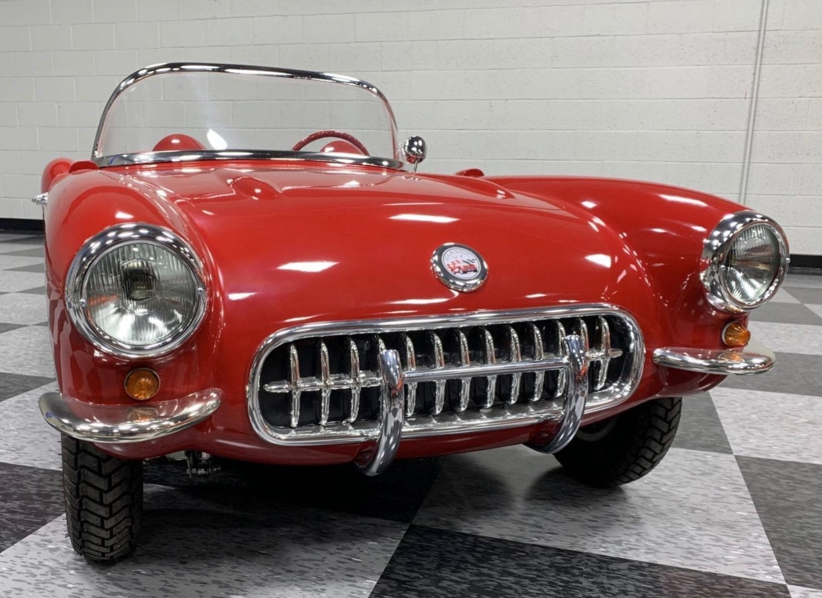 Corvette rouge face