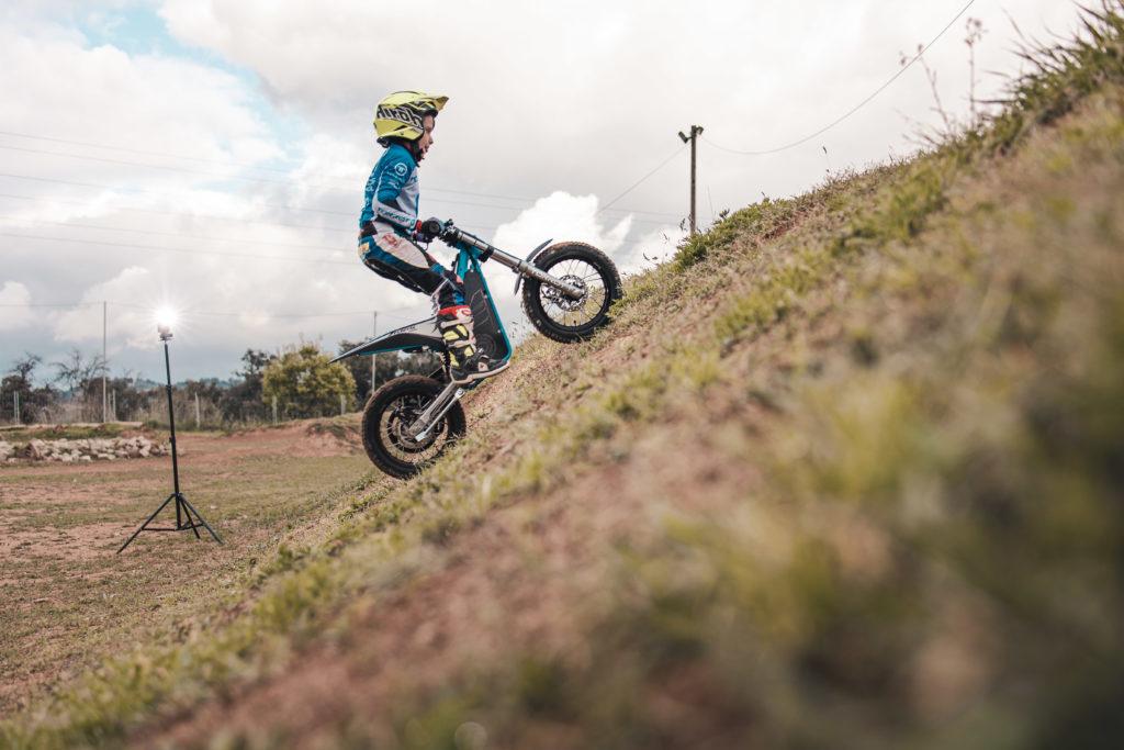moto enfant torrot grimpe