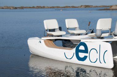 CECLO LOISIR catamaran vue de la plage
