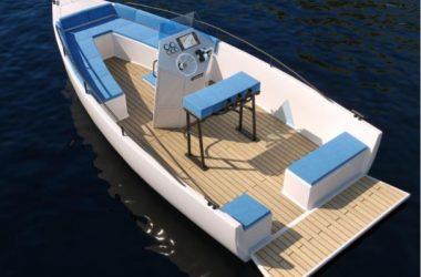 bateau électrique e-kone vue 3/4 arrière gauche avec le tableau arrière ouvert